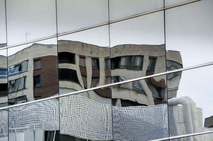 Architectural Feature Architecture Capital Cities  City Deformation Espejo Exterior Mirror Modern Reflection Sky