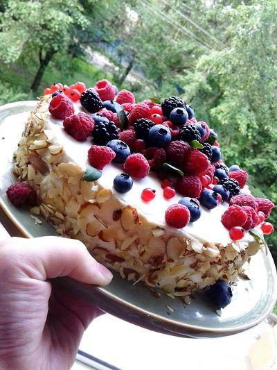 Food Sweet Food Berry Fruit Dessert Sweet Cake Freshness Raspberry Cakedesign Cake Decorating Raspberry Cake Chechen Girl ♥ Cake Photography ❤ Chechnya Today Saint Petersburg Strawberry Creme Truffles Chocolate Chokolatte
