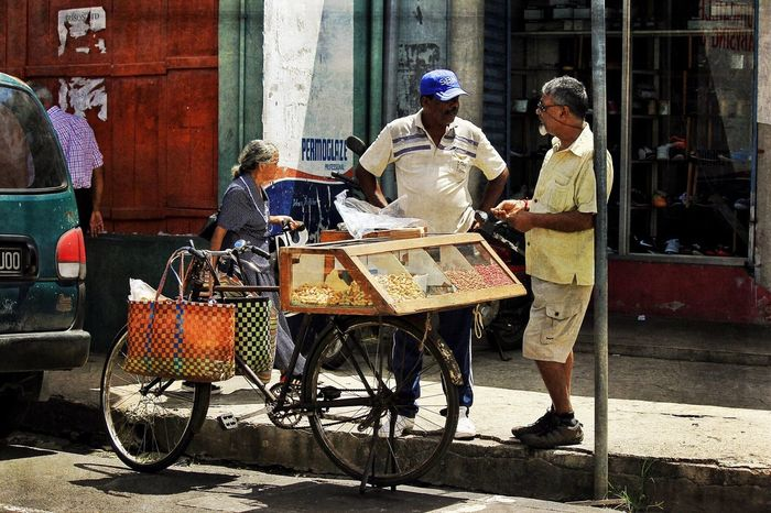 Peanuts AMPt_community Streetphotography Streetphoto_color Mauritius Daily Life Travel Photography People Photography