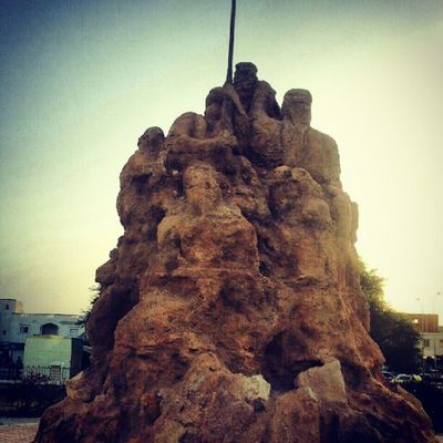 Sclupture Mertyres Monument Kebili Tunisie Tunisia
