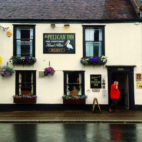 Gloucester Pelican Inn Street Man Architecture Building Rainy Day Sidewalk Streetphotography Priory Street
