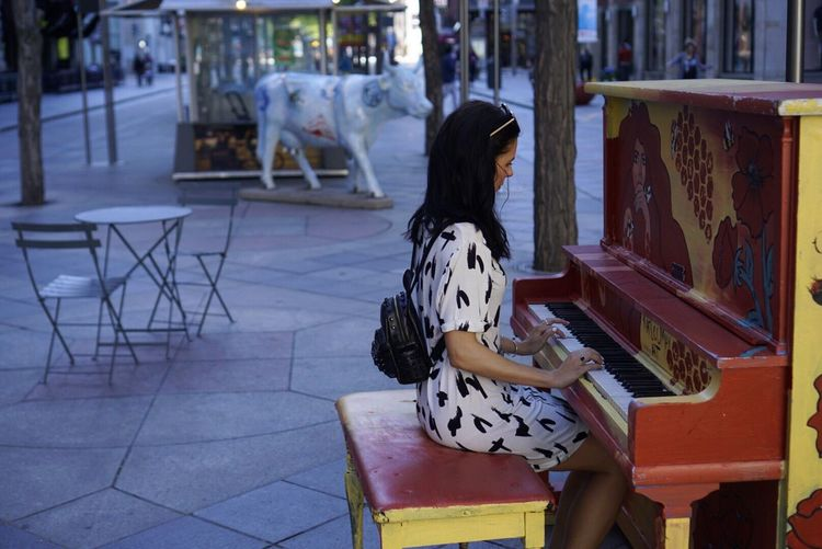 One Person Real People Outdoors Day Lifestyles Sitting Women People Denver Colorado 16thstreetmall Public Piano Piano Playing Piano Woman Girl Downtown Denver