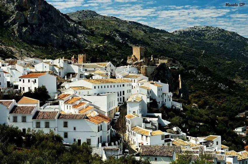 Zuheros Landscapelovers Andalusia Paisajes Andaluciaviva España SPAIN Pueblos De España Pueblos Con Encanto Nikon D3200 Andalucía Nikonphotography Andalucia Spain