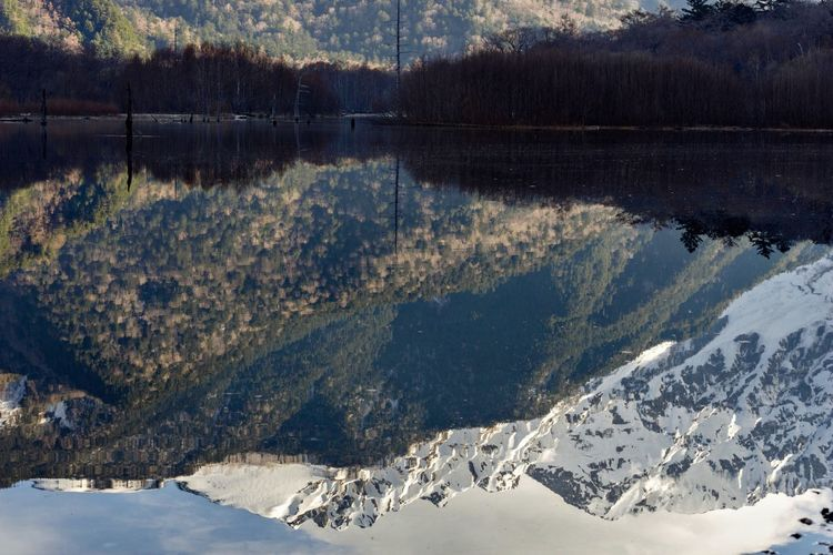 Mirror mirror Mountain Snow Nature Tranquility Beauty In Nature Scenics Tranquil Scene Winter Day Cold Temperature Mountain Range Outdoors Lake No People Tree Sunlight Water Landscape Sky Taishoike Lakeside Kamikochi Nagano Prefecture,Japan Pond Reflections Travel Destinations Non-urban Scene The Great Outdoors - 2017 EyeEm Awards Neighborhood Map