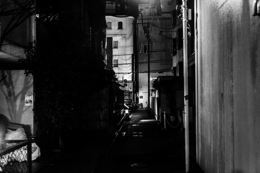 ▶️http://koukichi-t.Com ▶️http://instagram.com/kt.pics ▶️http://twitter.com/Koukichi_t Tourism The Way Forward Streetphotography Street Outdoors No People Nightlife Narrow Street Light And Shadow Getting Inspired Day City Built Structure Building Exterior Black And White Backstage B&w Street Photography Architecture Urban Exploration Japan Lovers Japan Backstreets & Alleyways Backalley