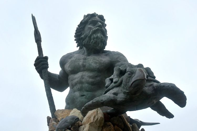 Sculpture Statue Art And Craft Representation Human Representation Creativity Male Likeness No People Low Angle View King Neptune King Neptune Statue Virginia Beach Virginia Beach Boardwalk
