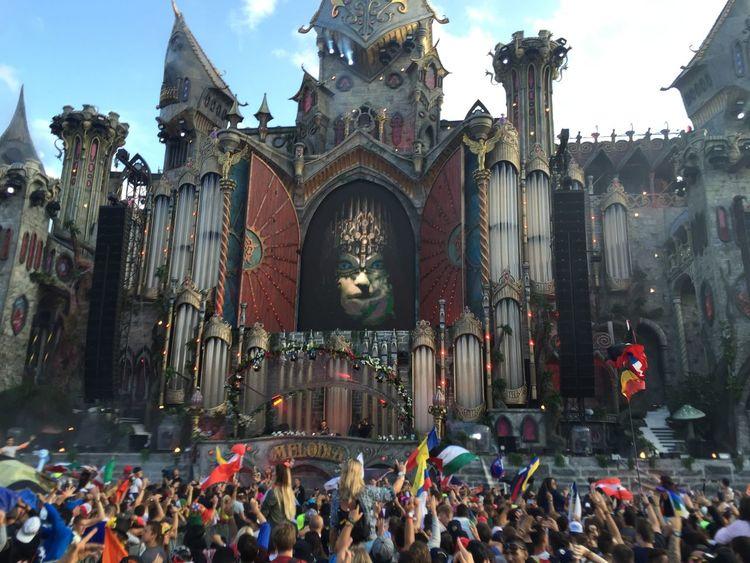 Electronic Music Shots Tomorrowland Hello World Enjoying Life Hanging Out Rave