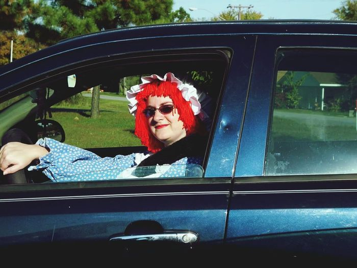 Meinautomoment Raggedy Ann Costume Car Sunglasses Taking Photos That's Me Check This Out Cheese! Smile Car Selfies