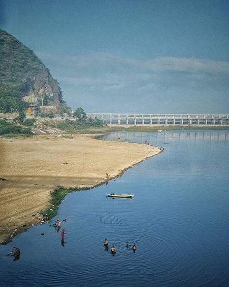 Instamorning Instagood Instalike Instashare Instamood Instadaily Instatravel Vijayawada Everydayindia Incredibleindia Andhrapradesh Mist River DIP