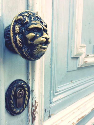 Awesome Door Handle Walking Around after brunch Door