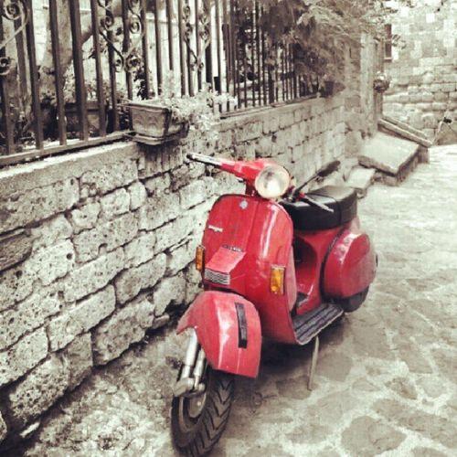 Vespa Civitadibagnoregio Red Vintage Italy