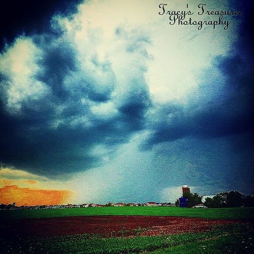 Tracyjule , Igrsbest , Manhattan , Chicagoigrs , Illinois, tracys_treasures_photography, skyporn, weatherchannel, view_bug_official, view_bug_original, storm_chasing