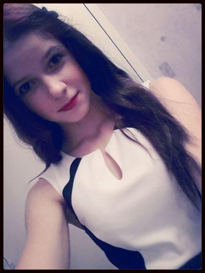 Before school :) That's Me Hello World Selfie