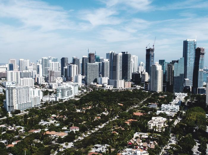 Miami downtown park Miami Beach Downtown Park Aerial Photography Aerial View High Angle View Building Exterior City Skyscraper Architecture Cityscape Day Cloud - Sky Urban Skyline The Street Photographer - 2017 EyeEm Awards The Great Outdoors - 2017 EyeEm Awards EyeEmNewHere