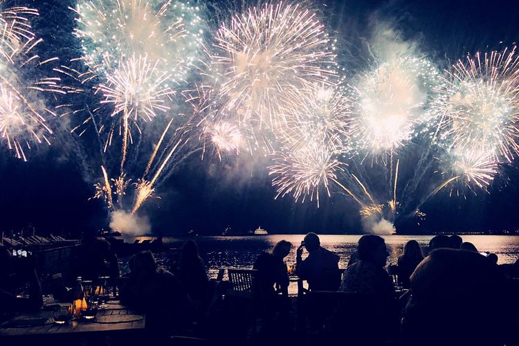 France Night Sand Cannes Beach Firework Firework Display Night Arts Culture And Entertainment Event Illuminated HUAWEI Photo Award: After Dark Celebration Exploding Sky Long Exposure Smoke - Physical Structure Nature Motion Glowing Silhouette Light Firework - Man Made Object Group Of People Water Real People