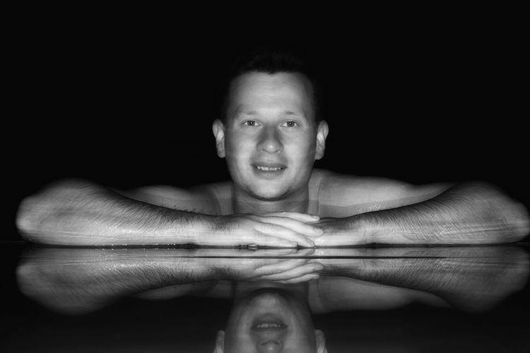 Reflection Blackandwhite B&w Love Yourself One Man Only Adults Only One Person Only Men Adult Portrait Shirtless Looking At Camera People Mid Adult Human Body Part Water Headshot Human Face Young Adult Motion Men Human Hand One Young Man Only Indoors