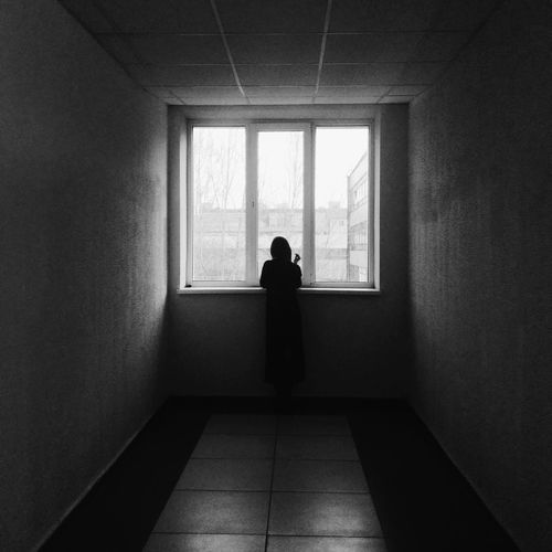 Figure at a window Window One Person One Woman Only Burnmyeye VSCO Woman Monochrome Vscocam Black & White Blackandwhite Indoors  Spicollective Bnw Bnw_collection The Week On EyeEm Bnw