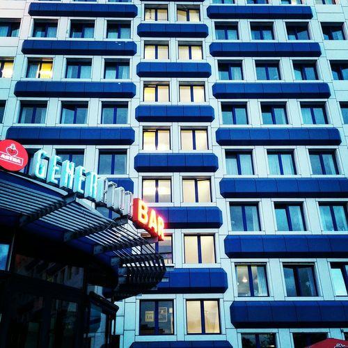 Generator Deep Berlin Landsberger Bar Platte Plattenbau Ost East Block House Blue