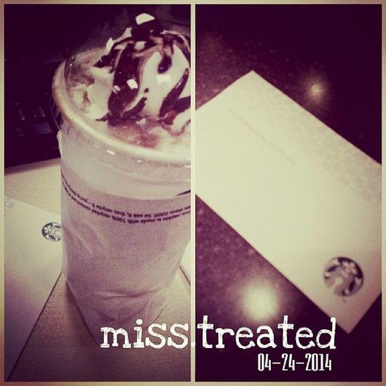 Miss.treated. Because shr missed me. Hehe...thanks for the treat mine! ?? 100happydays Vs100HappyDays Starbucks Mochafrappe