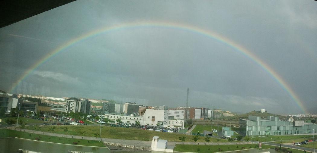 Arcoiris / Rainbow Somosfelices Españoles Y Sus Fotos Desde Mi Trabajo View From My Work Table