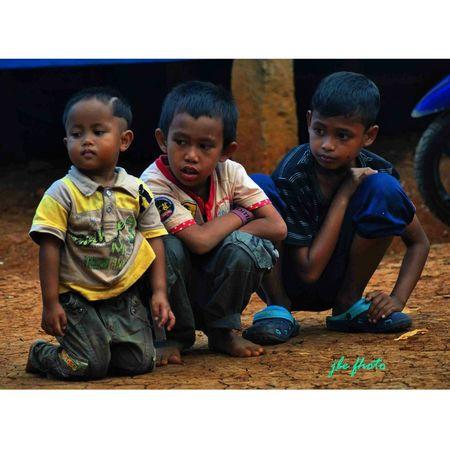 Tiga anak kampung yang akan jadi sahabat sejati kela dewasa nanti @singaraja