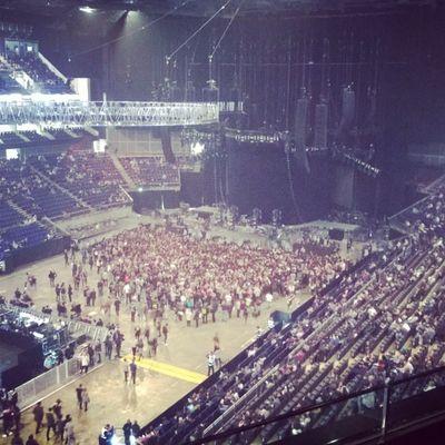 Drake  OVO Xo WYLAT  nwts o2 London ldn crew theweeknd abelxo instamusic instagood music concert