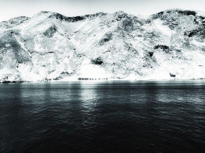 Shootermag Blackandwhite Photography Traveling NEM Black&white Greece Coastline