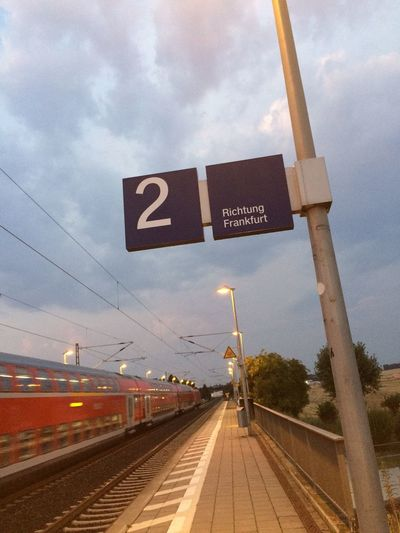 S6 to Friedberg 15 min. late — will miss connections! So, change of direction & onwards to Frankfurt *more Options*!