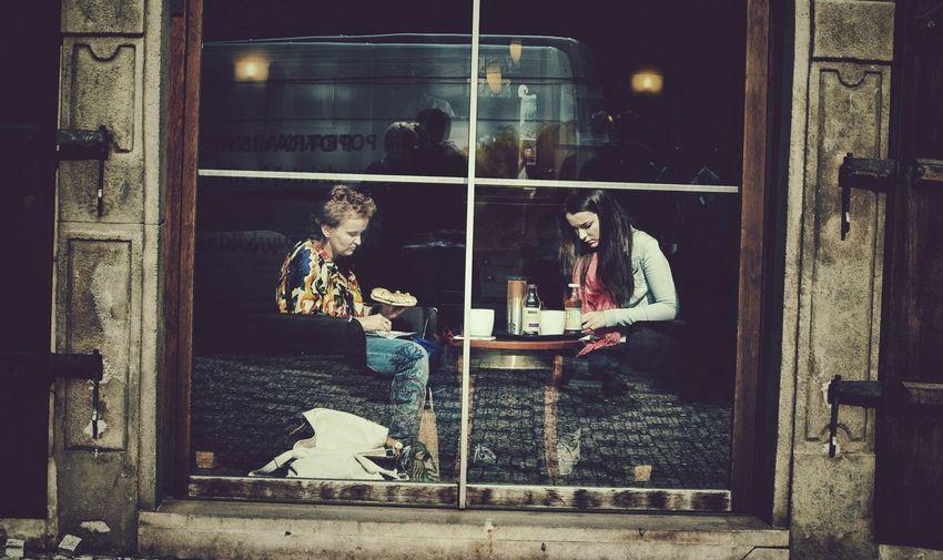 Windowshotwednesday Find The Hidden Photographer The Minimals (less Edit Juxt Photography)