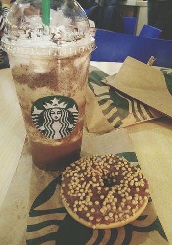 Starbucks <3 Starbucks