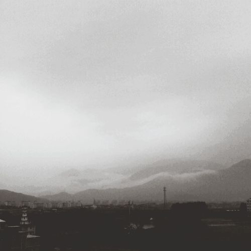 远山和大海