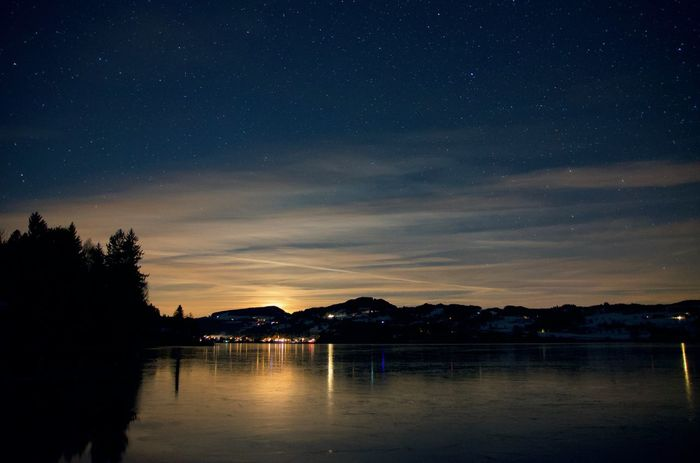 Moonset at the Niedersonthofener See Allgäu Niedersonthofener See Nightphotography Nikon D5100  Reflection Sigma Astrophotography Bavarian Lakes Beauty In Nature Galaxy Illuminated Lake Long Exposure Midnight Moonlight Moonset Night Nikonphotography No People Outdoors Sigma 17-50mm Star - Space Starphotography Tranquil Scene Waterfront