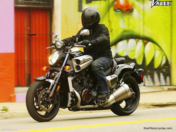 Wow 1670 cc 4 cylender bike....