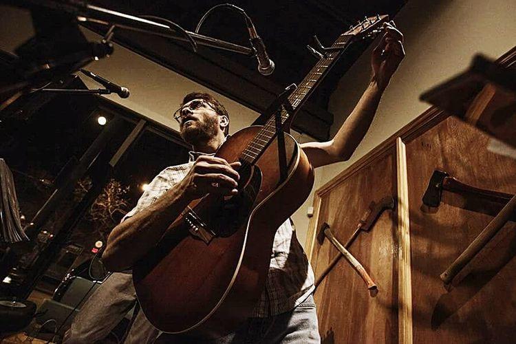 Live Music USA Concert Photography Atwork Guitar Tuning Cincinnati Ohio Canon5dmk2 Wideangle Musician Musicbar