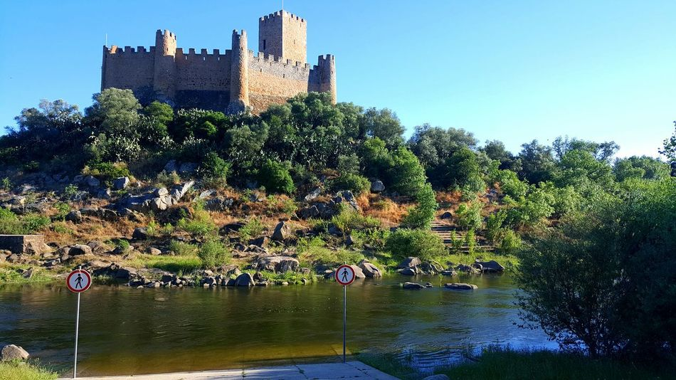 River View Castle Walls Castle Monuments Monument Castels Castel Castelodealmourol Castelosdeportugal Castelo Castello Sea Water Island Water Reflections Sea View Castle View