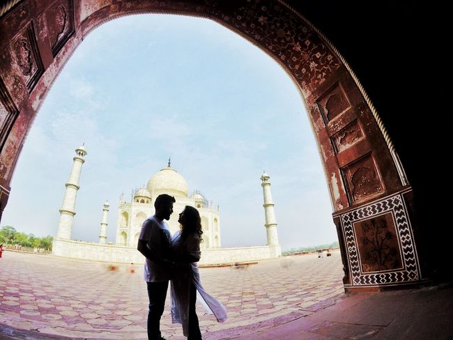 For the love of Taj India India India Travel Taj Mahal EyeEm Best Shots Open Edit EyeEm Gallery Togetherness Adult Built Structure Rear View Lifestyles Women Standing People Leisure Activity Travel Destinations Day Three Quarter Length Love The Traveler - 2018 EyeEm Awards