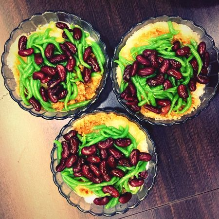 Green worms and beans? Gotta love a Penang classic. Sweet Treats  Singapore Food Nomnom Malaysian Food Culture Colour Dessert Asian Dessert Penang Food Penang Chendol Food Food And Drink Ready-to-eat Directly Above Food Stories