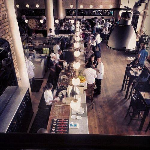 Artcafe Nairobi @mjayfarah Statigram Webstagram fullhouse foods restaurant whites holiday