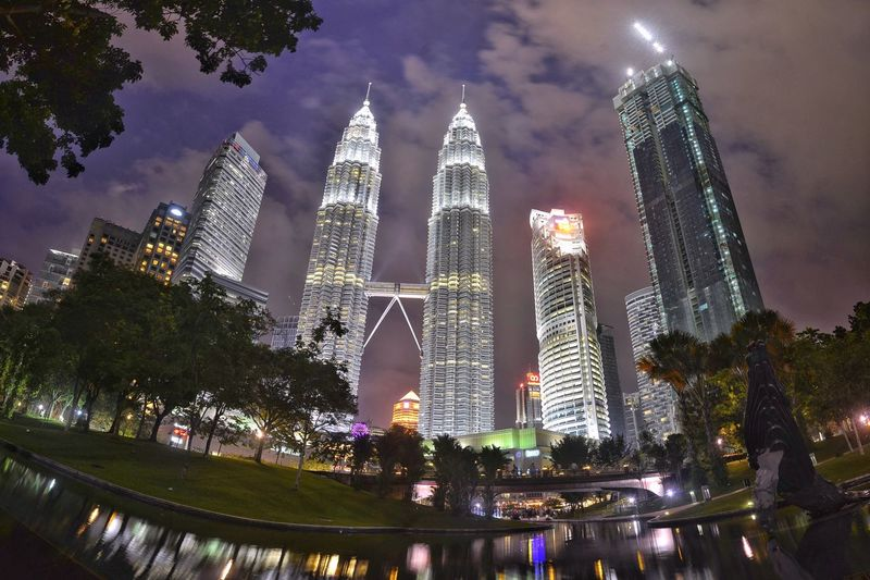 KLCC Kuala Lumpur City Centre KLCC Twin Towers Tower Twin Towers Kuala Lumpur High Rise Nightphotography Iconic Buildings Attraction Travel Destinations Building Exterior Architecture Built Structure Building Illuminated City Sky