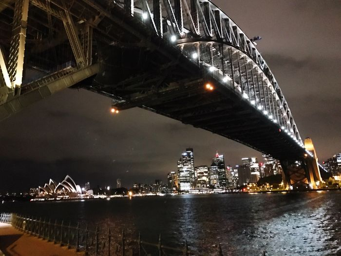 The sun'll come up tomorrow ✨ Eye4photography  My Unique Style Sydney, Australia Lyricalmadness Photography Built Structure Architecture Night Do No Harm From My Point Of View Walking And Taking Pics For My Friends That Connect
