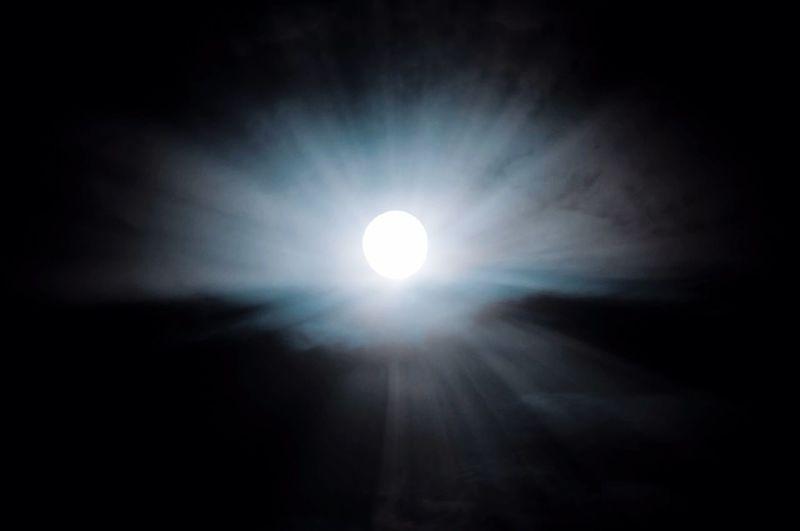 Full moon Low
