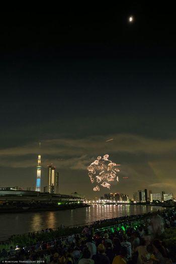 隅田川花火大会 Firework Fireworks 鉄塔♡Love Skytree Tokyo Sky Tree River Reflection Nightphotography Olympus People