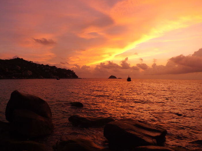 Beauty In Nature Cloud Cloud - Sky Horizon Over Water Moody Sky Nature No People Non-urban Scene Orange Color Scenics Sea Sky Sunset Water Orange Sunset Tourism Traveling Thailand The Week Of Eyeem Koh Tao Orange Sky Orange Colour Travel Tranquility Scene