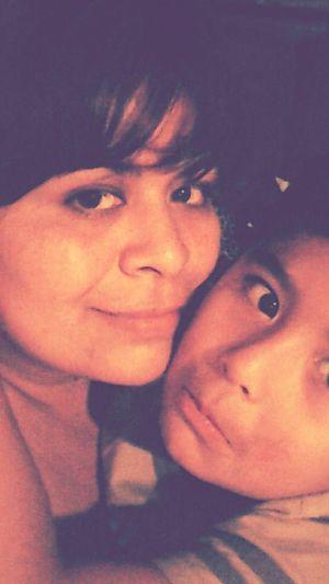 Con Mi Bebe! Mi Bebe Y Yo ^_^ Mi Bebe!! ❤ Te Amo Mi Niño de ahorita en este momento , mi bebe hermoso , que no se quiere dormir