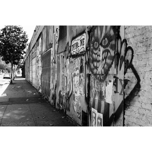 Urban art galleries Losangeles Lostangels Thisisla Thisislosangeles losangelestimes dtla caallday rsa_street rsa_light rsa_light rsa_urban streetscene_bw streetphotography streetphoto blackandwhitephotography bnw bnwphotography ig_captures_bnw ig_captures ig_falcon_ ig_california ig_northamerica instagood big_shotz master_shotz worldwide_shot westcoast nikon_photography_