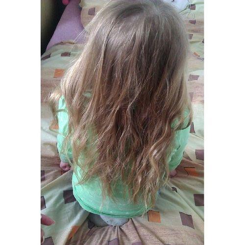 I dítě,kterýmu je 5 má delší vlasy než já,ok. Littlecousin