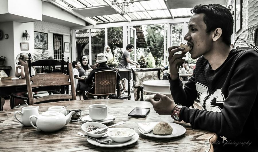 Mealtime having a scones set with tea at SMOKE HOUSE, CAMERON HIGHLANDS-MALAYSIA. My Best Photo 2015