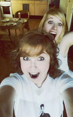 w sis ♡ Taking Photos Random Weird Love