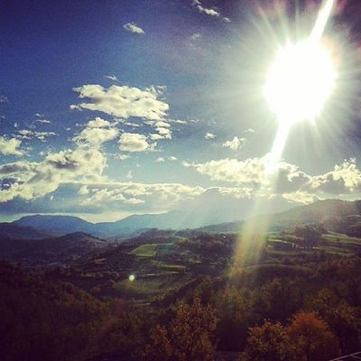 Sun Sky Clouds Urbino Saturday Afternoon Landscape Hills Red Yellow Green