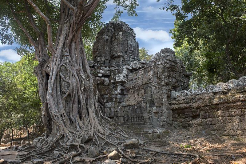 Ruin prasat